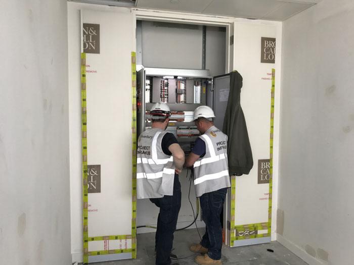 Deutsche Bank SCIBMS Electricians on BMS installation in London